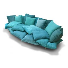 Very comfortable pillows sofa, with a fly attitude - Marcantonio design